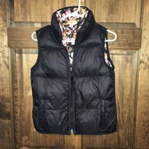Betsy Johnson! Reversible vest! Black and floral!